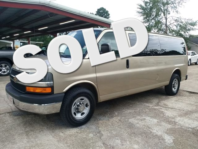 2012 Chevrolet Express 15 Passenger 1LT Houston, Mississippi 0
