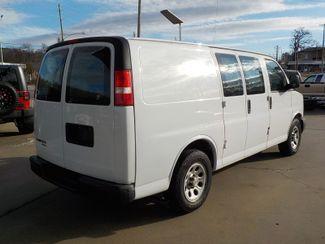 2012 Chevrolet Express Cargo Van Fayetteville , Arkansas 4