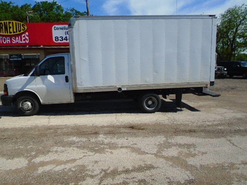 2012 Chevrolet Express Commercial Cutaway Work Van | Fort Worth, TX | Cornelius Motor Sales in Fort Worth TX