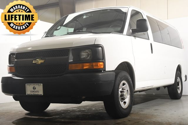 2012 Chevrolet Express Passenger 12 Passanger in Branford, CT 06405