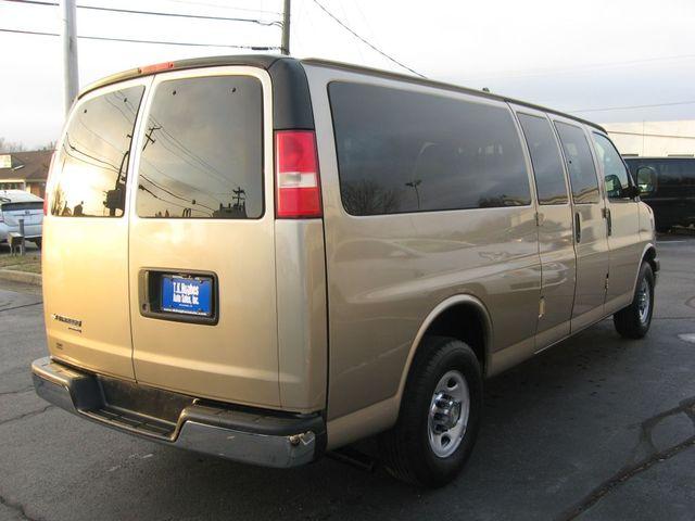 2012 Chevrolet Express Passenger 1LT Richmond, Virginia 5