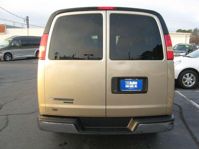 2012 Chevrolet Express Passenger 1LT Richmond, Virginia 6
