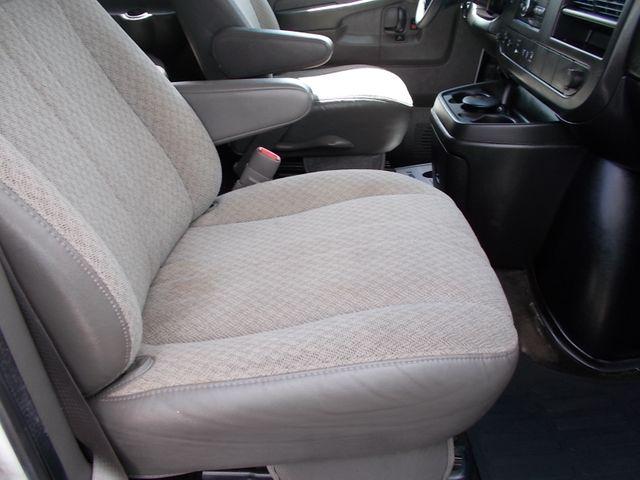 2012 Chevrolet Express Passenger 1LT Shelbyville, TN 18