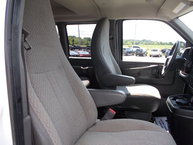 2012 Chevrolet Express Passenger 1LT Shelbyville, TN 19
