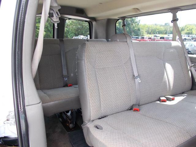 2012 Chevrolet Express Passenger 1LT Shelbyville, TN 22