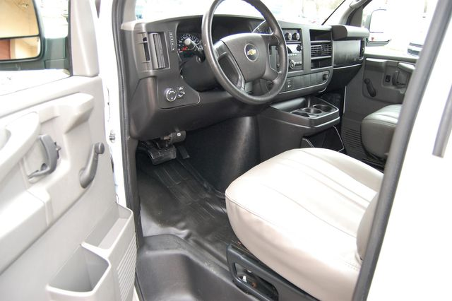 2012 Chevrolet G2500 Cargo Van Charlotte, North Carolina 4