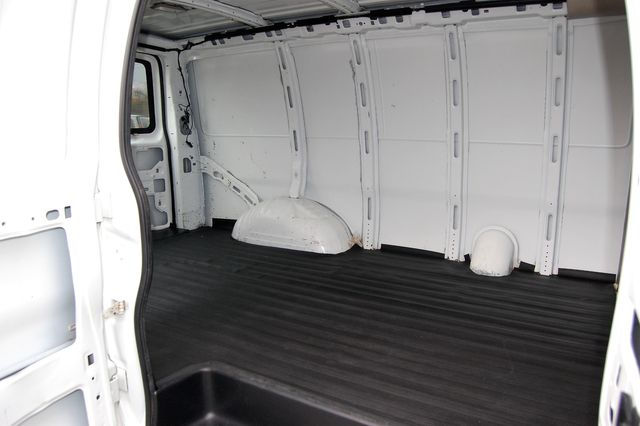 2012 Chevrolet G2500 Cargo Van Charlotte, North Carolina 9