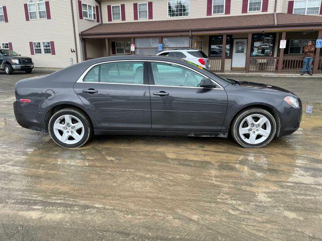 2012 Chevrolet Malibu LS w/1FL Hoosick Falls, New York 1