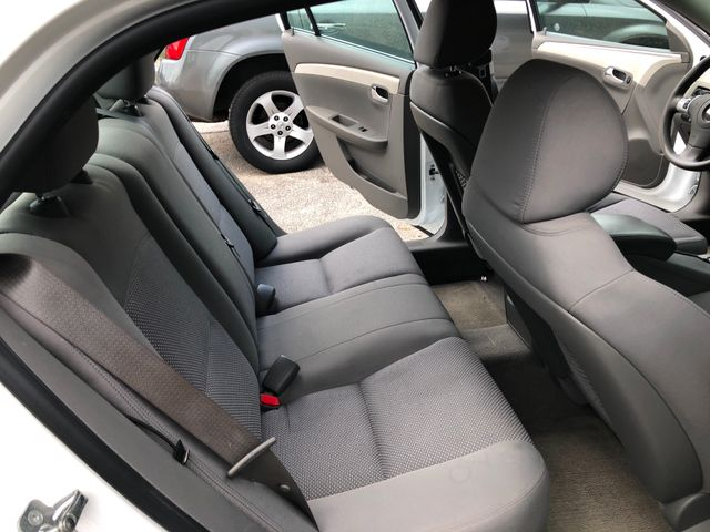 2012 Chevrolet Malibu LS w/1FL Houston, TX 9