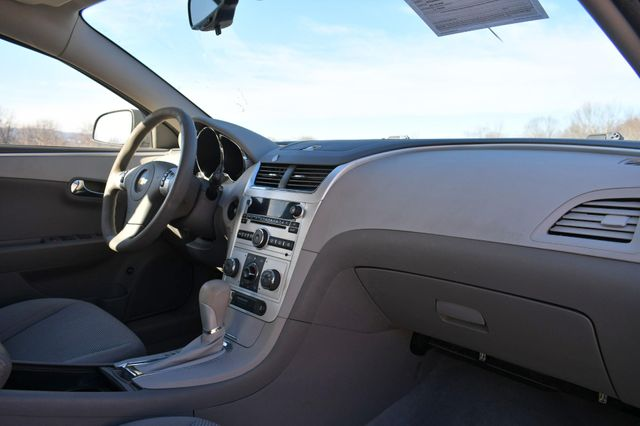 2012 Chevrolet Malibu LS w/1LS Naugatuck, Connecticut 8