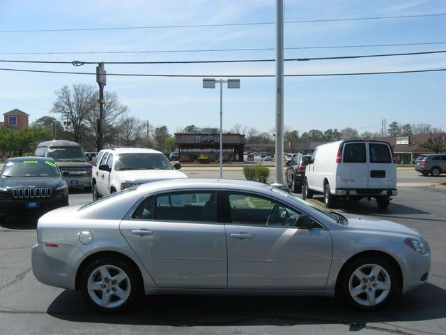 2012 Chevrolet Malibu LS Richmond, Virginia 4
