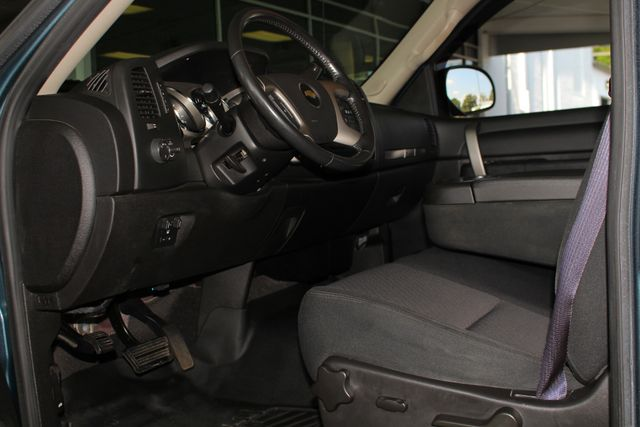 2012 Chevrolet Silverado 1500 LT Crew Cab 4x4- ALL STAR EDITION- PERAGON TONNEAU Mooresville , NC 30