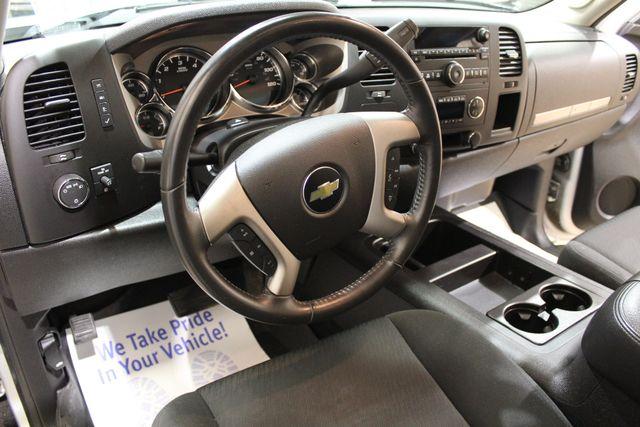 2012 Chevrolet Silverado 1500 4x4 LT in Roscoe IL, 61073