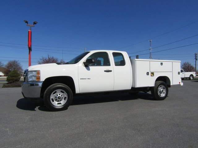 2012 Chevrolet Silverado 2500HD Extended Cab 2wd with 8' Reading Utility bed