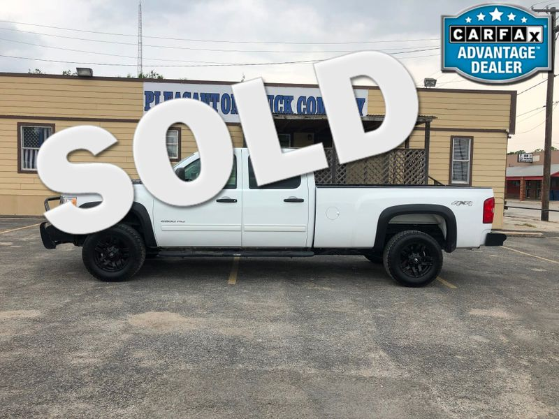 2012 Chevrolet Silverado 2500HD LT | Pleasanton, TX | Pleasanton Truck Company in Pleasanton TX