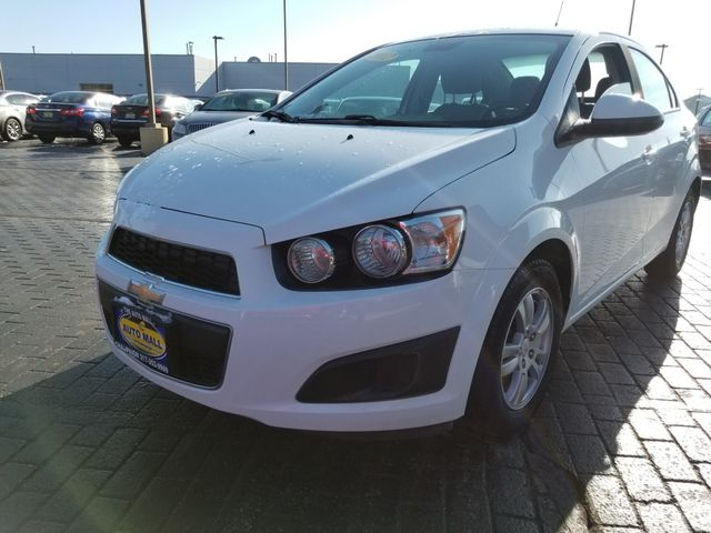 2012 Chevrolet Sonic LS | Champaign, Illinois | The Auto Mall of Champaign in Champaign Illinois
