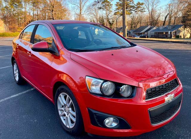 2012 Chevrolet-Showroom Condition! Sonic-35 MPG $5595 BHPH LT-AUTO STAR BURST in Knoxville, Tennessee 37920