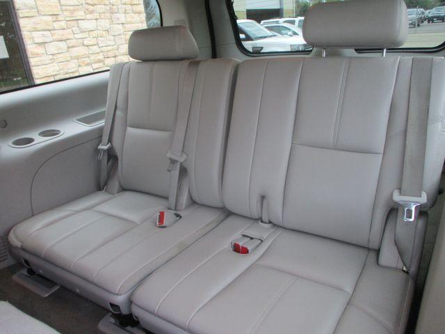 2012 Chevrolet Suburban LT Farmington, MN 5
