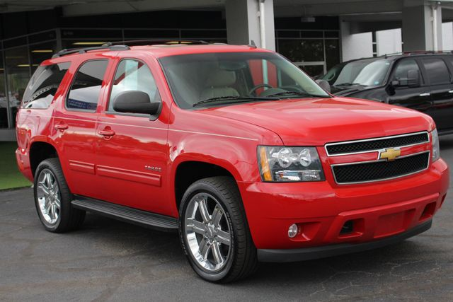 2012 Chevrolet Tahoe LT LUXURY (LTZ EQUIPPED) 4x4 - SPECIAL PAINT! Mooresville , NC 25