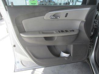 2012 Chevrolet Traverse LT w/1LT Gardena, California 9