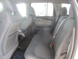2012 Chevrolet Traverse LT w/1LT Gardena, California 10