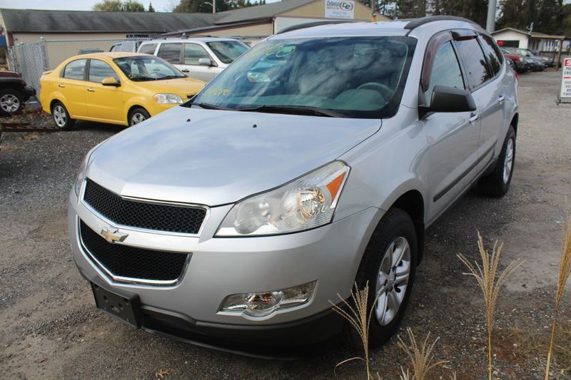 2012 Chevrolet Traverse LS  city MD  South County Public Auto Auction  in Harwood, MD