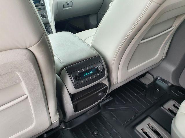 """2012 Chevrolet Traverse LT w/2LT AWD Leather/18"""" Alloys in Louisville, TN 37777"""