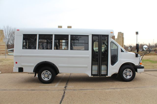 2012 Chevy Express School Bus Daycare Childcare Bus Irving, Texas 16