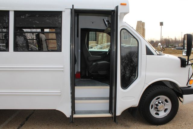 2012 Chevy Express School Bus Daycare Childcare Bus Irving, Texas 17