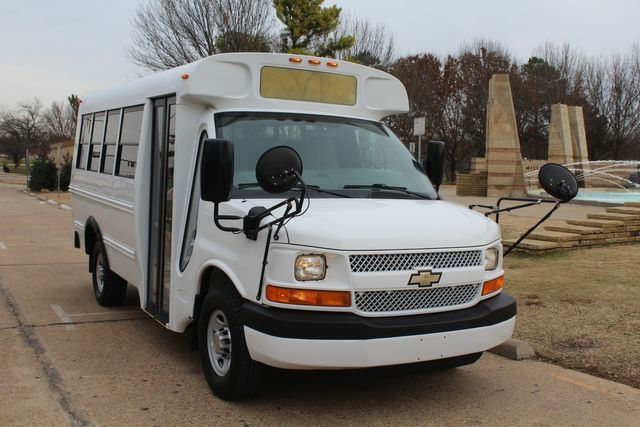 2012 Chevy Kindercare Daycare kindergarten Childcare School Mini Bus Shutle Van Irving, Texas 3