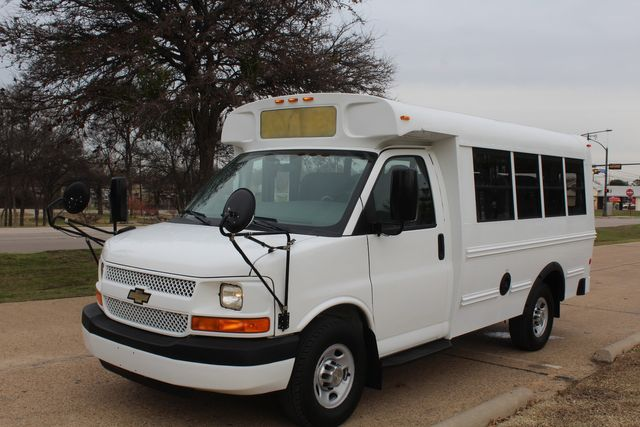 2012 Chevy Kindercare Daycare kindergarten Childcare School Mini Bus Shutle Van Irving, Texas 9