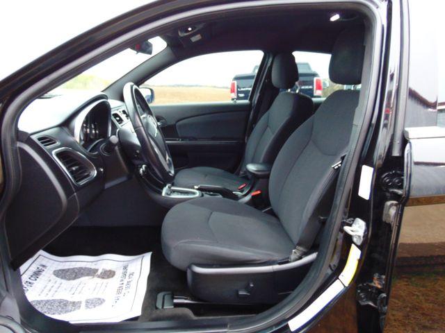 2012 Chrysler 200 Touring Alexandria, Minnesota 5