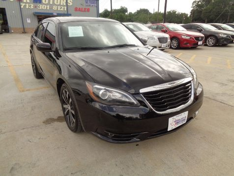 2012 Chrysler 200 S in Houston