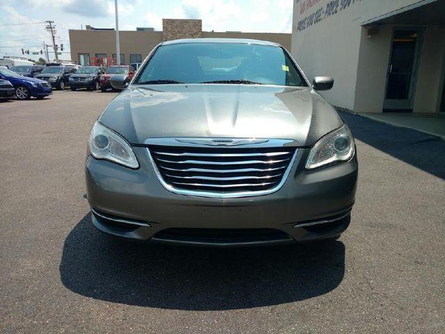 2012 Chrysler 200 LX in Jonesboro AR, 72401