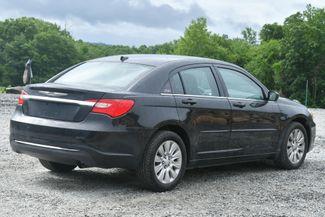 2012 Chrysler 200 LX Naugatuck, Connecticut 4