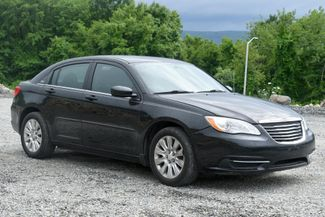2012 Chrysler 200 LX Naugatuck, Connecticut 6