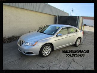2012 Chrysler 200 LX, Financing Available! Clean CarFax! in New Orleans Louisiana, 70119