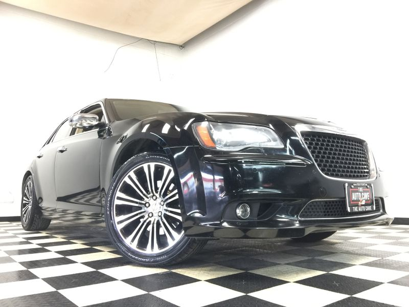 2012 Chrysler 300 *Easy Payment Options*   The Auto Cave in Addison