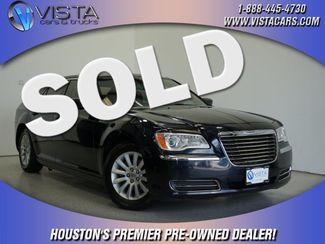 2012 Chrysler 300 Base  city Texas  Vista Cars and Trucks  in Houston, Texas