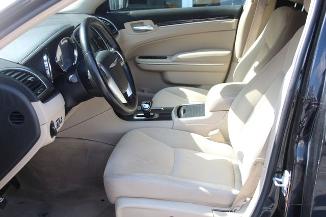2012 Chrysler 300 LIMO 120 CUSTOM Houston, Texas 6