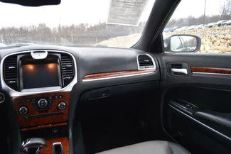 2012 Chrysler 300 Naugatuck, Connecticut 16