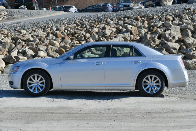 2012 Chrysler 300 Limited Naugatuck, Connecticut 1