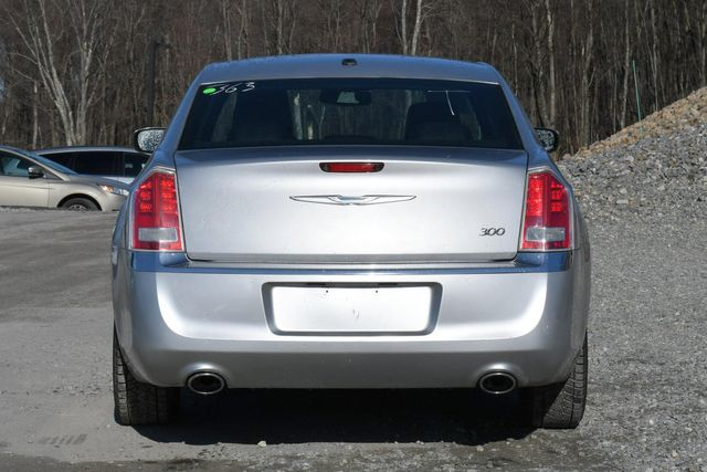 2012 Chrysler 300 Limited Naugatuck, Connecticut 3