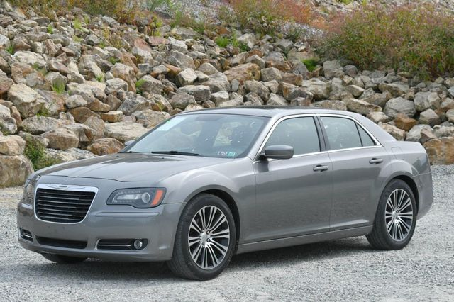 2012 Chrysler 300 S Naugatuck, Connecticut