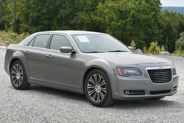 2012 Chrysler 300 S Naugatuck, Connecticut 6