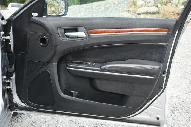 2012 Chrysler 300 Limited Naugatuck, Connecticut 12