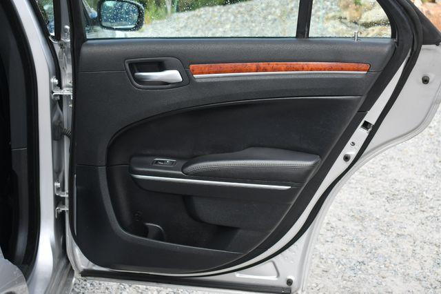 2012 Chrysler 300 Limited Naugatuck, Connecticut 13