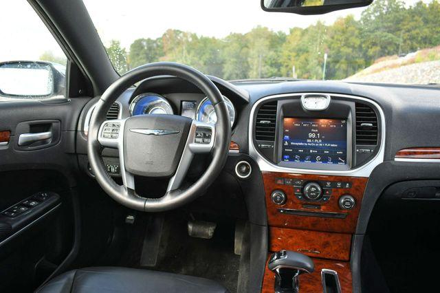 2012 Chrysler 300 Limited Naugatuck, Connecticut 17