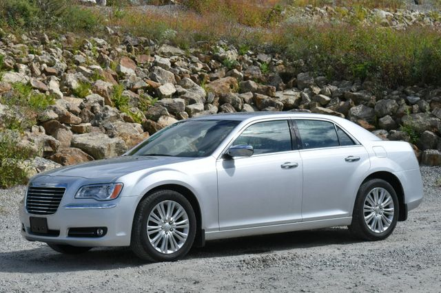 2012 Chrysler 300 Limited Naugatuck, Connecticut 2