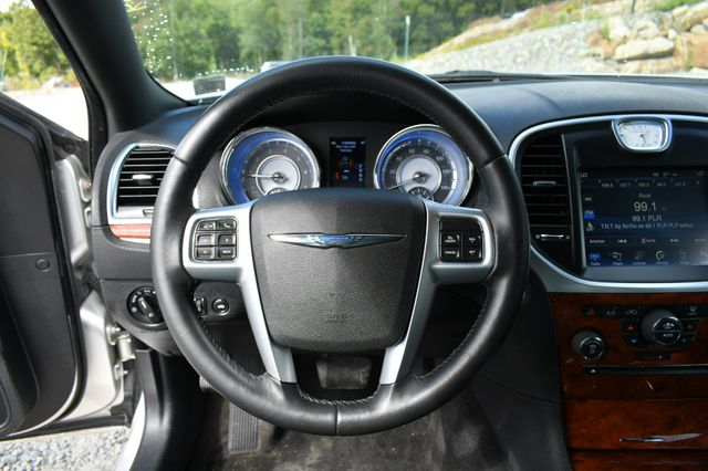 2012 Chrysler 300 Limited Naugatuck, Connecticut 22